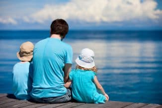 дети и отец