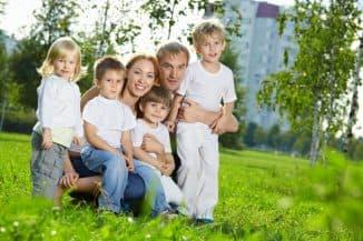 большая многодетная семья